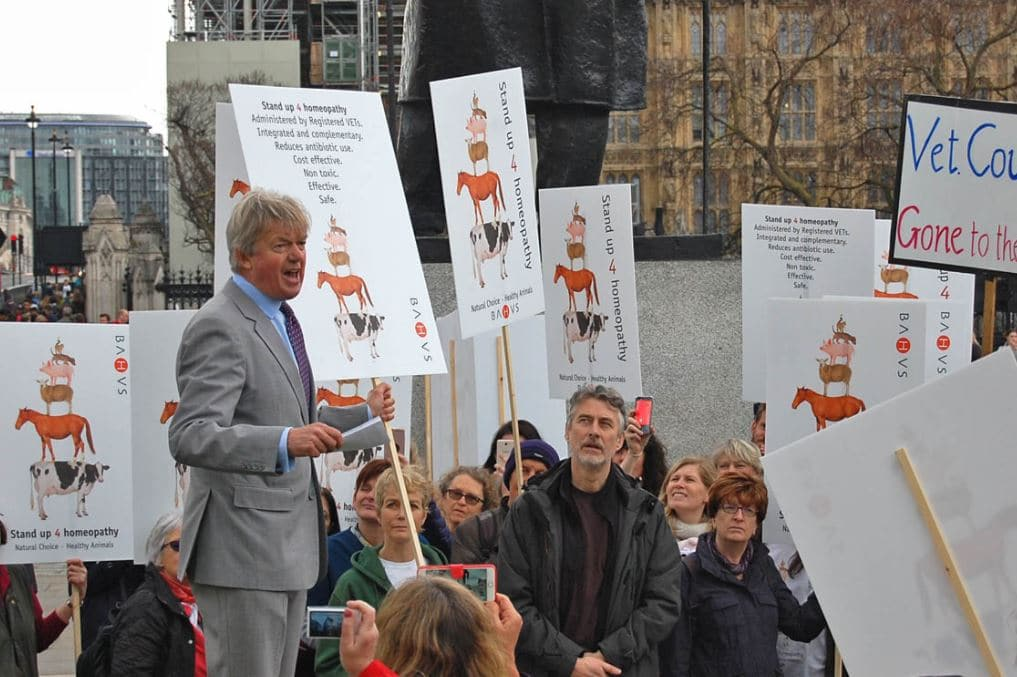 Former MP David Tredinnick addresses a crowd as part of a protest against the RCVS.