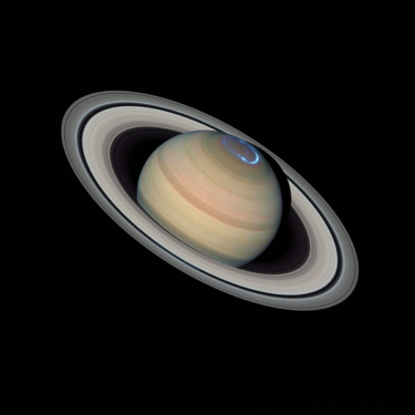 Planet Saturn as imaged by NASA's Hubble Space Telescope on July 4, 2020. Image was processed and auroras added by Pablo C. Budassi [CC BY-SA 4.0]